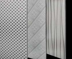 Strukturierte und gelochte Fassadenplatten von 3A Composites