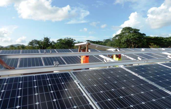 Solarpark In der dominikanischen Provinz Monte Plata, erbaut von der Wirsol Solar AG