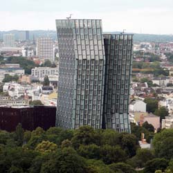 Schell Armaturen in Hamburgs Tanzenden Türmen