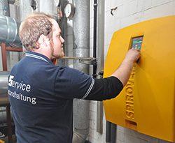 Schlammabscheider und Vakuumentgaser optimieren flüssigkeitsführende Anlagen