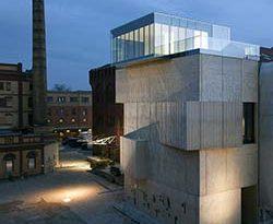 Sergei Tchoban hat zusammen mit Sergey Kuznetsov in Berlin ein Haus für Architekturzeichnungen geschaffen