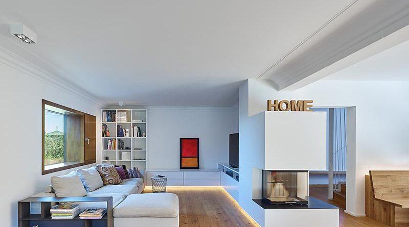 Neue Wohn- und Lebensräume wurden in einem Altbau aus den 50er Jahren geschaffen. Beim Wandanstrich entschieden sich Architekt und Hausbesitzer für die konservierungsmittelfreie Innenfarbe Indeko-plus. Foto: Zooey Braun/holzerarchitekten