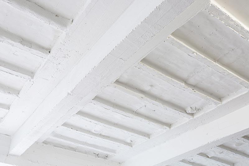 Die Brandschutzbeschichtung von Sika ermöglichte die wunschgemäße Sanierung des 20er Jahre Baus. Foto: Sika Deutschland GmbH