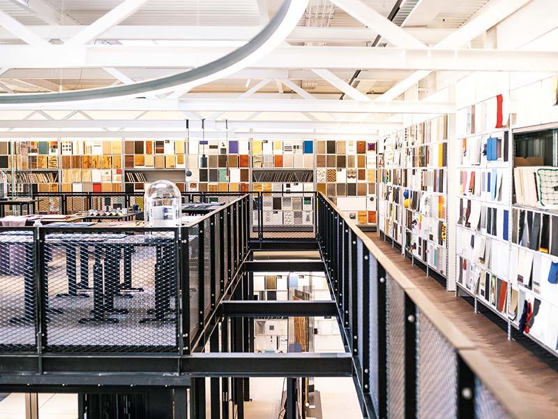 Einblick in die beeindruckende Sammlung der Materialausstellung in der raumprobe in Stuttgart. Bildnachweis: www.raumprobe.com