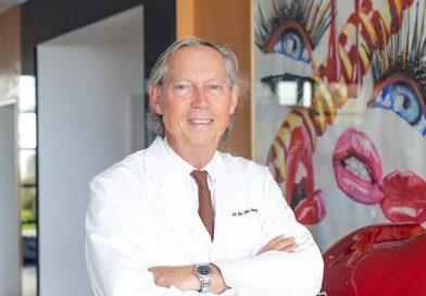 Prof. Dr. Dr. med. Werner Mang, Ärztlicher Direktor der Bodenseeklinik, Klinik für Ästhetische und Plastische Chirurgie und Präsident der Internationalen Gesellschaft für Ästhetische Medizin (IGÄM e.V.)