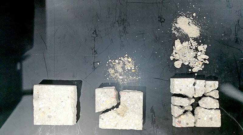 Durch die schnellen Hochspannungspulse wird das Material so aufgebrochen, dass eine saubere Zerlegung von Sand, Steinen und Zementstein geschehen kann.