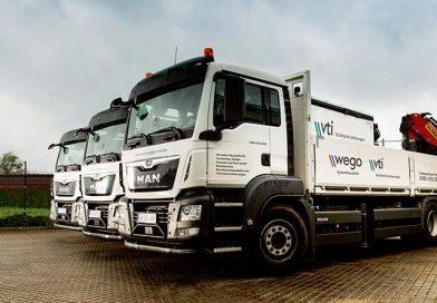 Der Fuhrpark der Wego Systembaustoffe GmbH wird 2021 durch 23 neue LKW ergänzt. Bis Ende 2022 sollen 56 Fahrzeuge gegen neue Modelle ausgetauscht worden sein. Foto: Wego/Vti