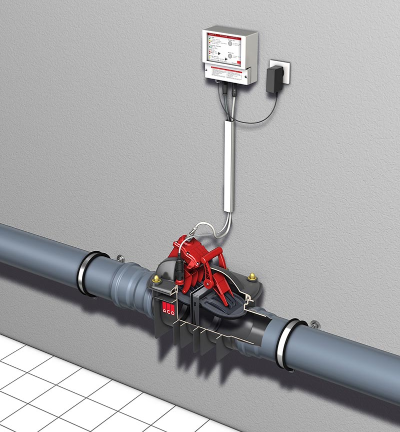 Wenn unterhalb der Rückstauebene eine Toilette liegt, kommt der Rückstauautomat ACO Quatrix-K Typ 3F zum Einsatz, hier freiliegend in der Rohrleitung verbaut. Bildquelle: ACO Haustechnik